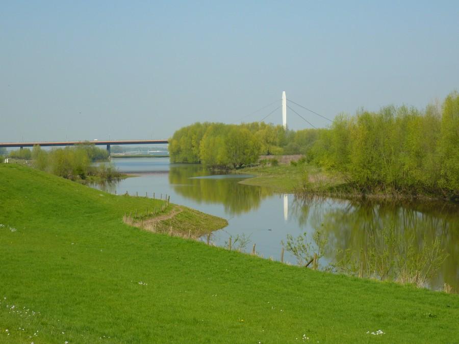 Waalbrug bij Ewijk